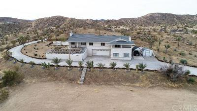 4965 HILTON AVE, YUCCA VALLEY, CA 92284 - Photo 2