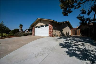 835 NICKLAUS ST, Paso Robles, CA 93446 - Photo 2