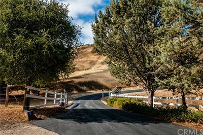 5285 BAGGINS HILL RD, Templeton, CA 93465 - Photo 2