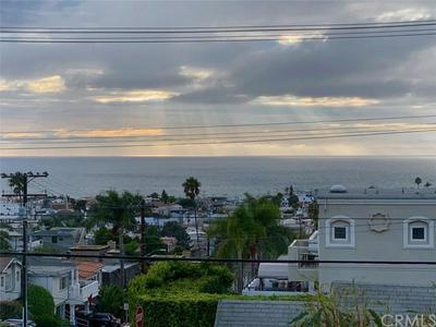 703 LONGFELLOW AVE, HERMOSA BEACH, CA 90254 - Photo 2
