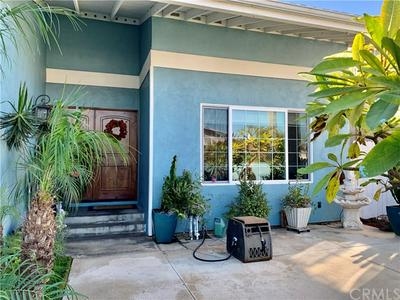 18091 BRENTWELL CIR, Huntington Beach, CA 92647 - Photo 2