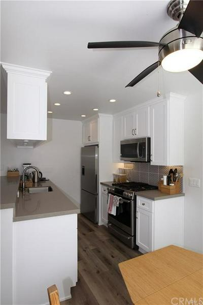 75 18TH ST APT 2, Hermosa Beach, CA 90254 - Photo 1