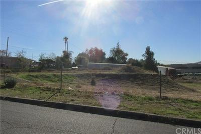 10166 BONITA AVE, Riverside, CA 92503 - Photo 2