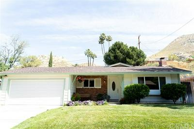 561 SPRUCE ST, Riverside, CA 92507 - Photo 2