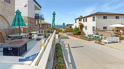228 32ND ST, Manhattan Beach, CA 90266 - Photo 2