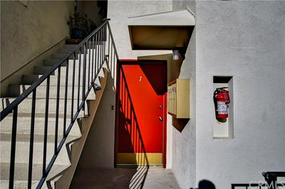 1017 S BEDFORD ST APT 1, Los Angeles, CA 90035 - Photo 2