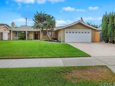 607 S WAYSIDE ST, Anaheim, CA 92805 - Photo 2