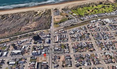 402 W GRAND AVE, Grover Beach, CA 93433 - Photo 1