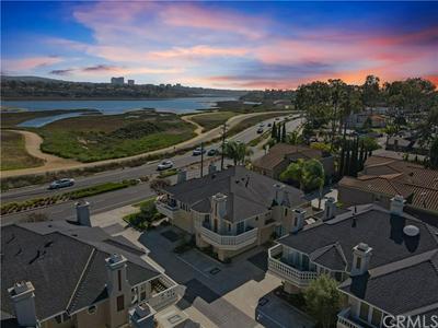 2463 IRVINE AVE, Costa Mesa, CA 92627 - Photo 2