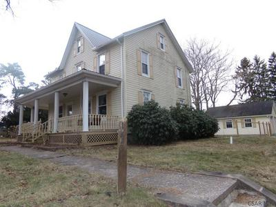 147 HIGHPOINT DR, SOMERSET, PA 15501 - Photo 2