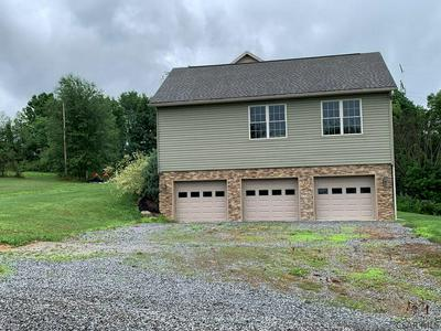153 SALLY RD, Johnstown, PA 15906 - Photo 2