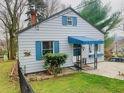 320 N FRANKLIN AVE, Somerset, PA 15501 - Photo 2
