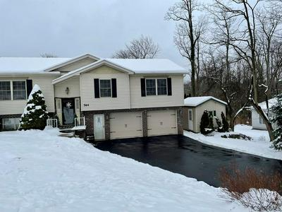 564 BLUFF ST, Johnstown, PA 15905 - Photo 2