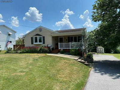 1605 CHRISTOPHER ST, Johnstown, PA 15905 - Photo 1
