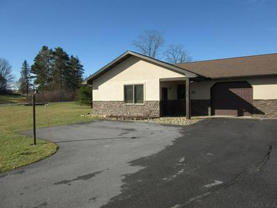 132 CARNEGIE PL, SOMERSET, PA 15501 - Photo 1