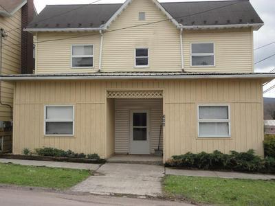 300 MEYERS AVE, Meyersdale, PA 15552 - Photo 1