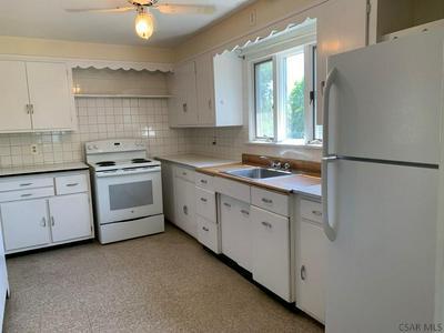 331 LUZERNE ST, Johnstown, PA 15905 - Photo 2