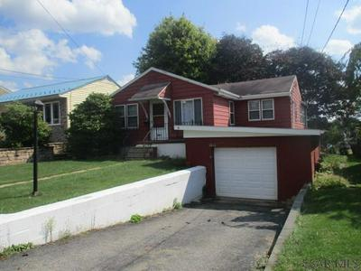 1621 CHRISTOPHER ST, Johnstown, PA 15905 - Photo 2
