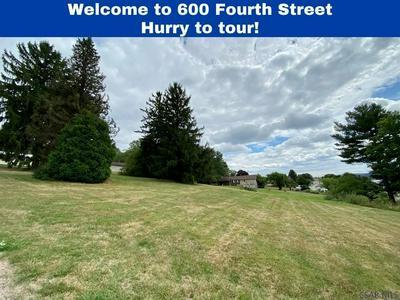 600 4TH AVE, Meyersdale, PA 15552 - Photo 1