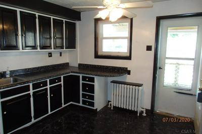 389 1/2 BEATRICE AVE, Johnstown, PA 15906 - Photo 2