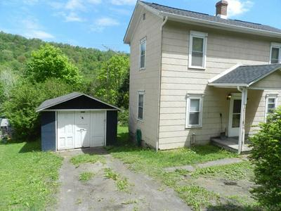 112 NUMBER 3 RD, Hooversville, PA 15936 - Photo 2