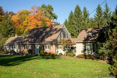 803 PARKVIEW DR, Johnstown, PA 15905 - Photo 2