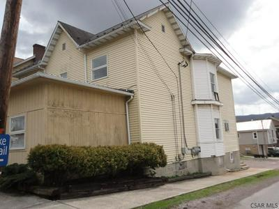 300 MEYERS AVE, Meyersdale, PA 15552 - Photo 2