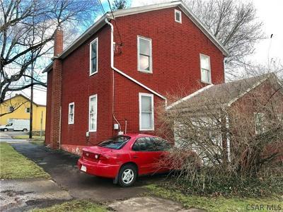 327 GRANT ST, Meyersdale, PA 15552 - Photo 2
