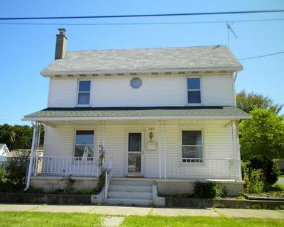 700 BUTTERNUT ST, Berwick, PA 18603 - Photo 2
