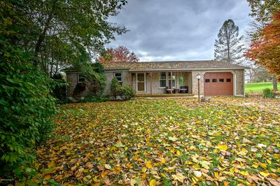 111 CAROUSEL DR, Selinsgrove, PA 17870 - Photo 1