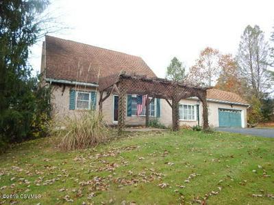 279 E VALLEY AVE, Elysburg, PA 17824 - Photo 2