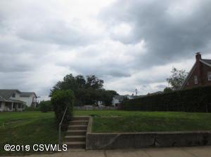 322 COOPER ST, Nescopeck, PA 18635 - Photo 1