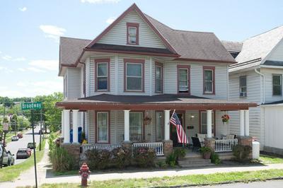 450 BROADWAY ST, Milton, PA 17847 - Photo 1
