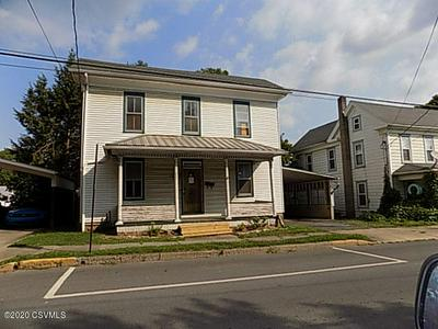 511 E MAIN ST, Middleburg, PA 17842 - Photo 2