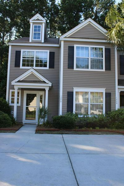1224 ISLAND CLUB DR, Charleston, SC 29492 - Photo 1