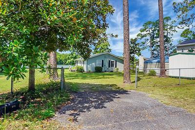 216 FOUNTAIN LAKE DR, Eutawville, SC 29048 - Photo 1