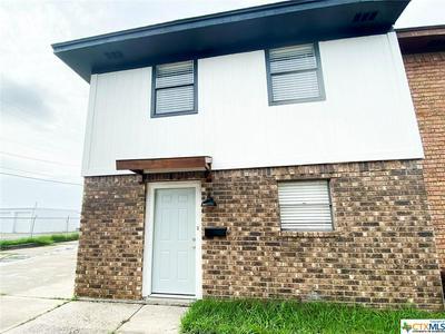 1905 N BEN WILSON ST APT 10, Victoria, TX 77901 - Photo 1