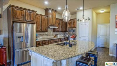 924 BEECHWOOD LN, New Braunfels, TX 78130 - Photo 1