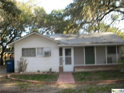 1432B N WALNUT AVE, New Braunfels, TX 78130 - Photo 1