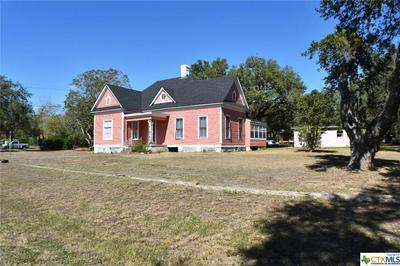 146 W GARDEN ST, Goliad, TX 77963 - Photo 1