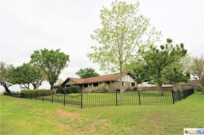 846 MEADOWBROOK LN, Goliad, TX 77963 - Photo 1