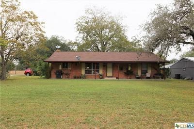 650 W OAK ST, Goliad, TX 77963 - Photo 1