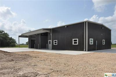 922 SLIPPERY ELM RD, Victoria, TX 77904 - Photo 1