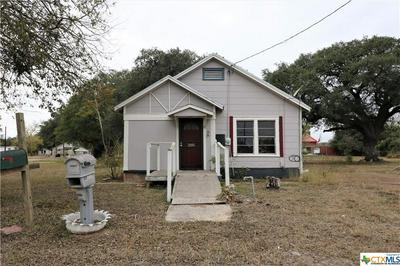 342 S TEMPLE ST, Goliad, TX 77963 - Photo 1