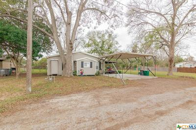 909 GUNTHER ST, Victoria, TX 77901 - Photo 2