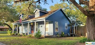 347 DAVIS AVE, Goliad, TX 77963 - Photo 2