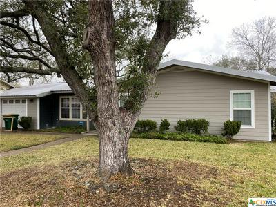 1206 E LOCUST AVE, Victoria, TX 77901 - Photo 2