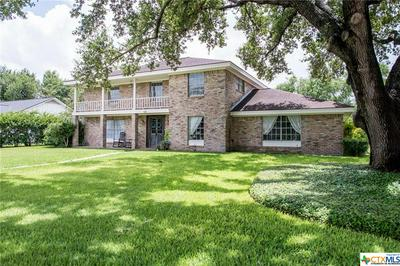 101 ALAMEDA CIR, Victoria, TX 77904 - Photo 1