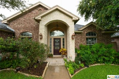 111 LAKE FOREST DR, Victoria, TX 77904 - Photo 2