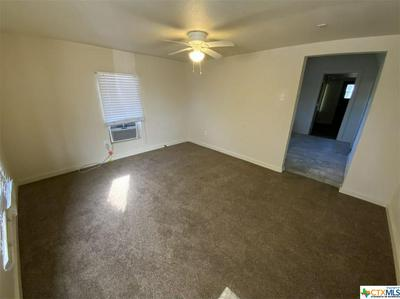 713 HENDERSON ST, Temple, TX 76501 - Photo 2